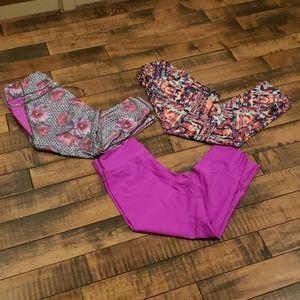 Bundle of workout tights. Size medium.